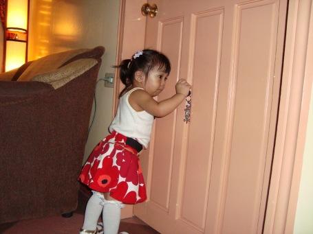 zoe opens the door on christmas day