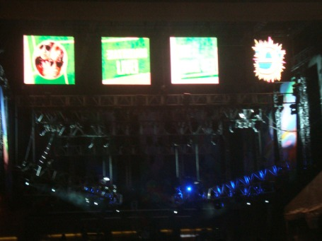 "Flashes of the creative letter ""e"" and Eraserheads photos appeared before the 4 huge screens above the stage set the crowd alive before the final appearance of the popular rock band"
